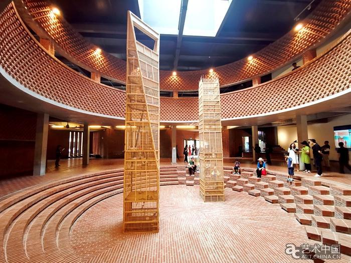 红砖美术馆五周年 《千手观音》领衔国际化馆藏亮相